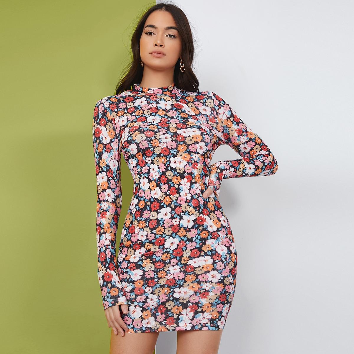 Облегающее платье с цветочным принтом