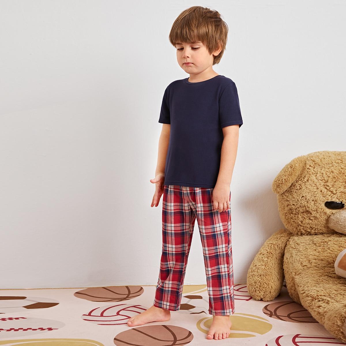 Пижама в клетку с коротким рукавом для мальчиков