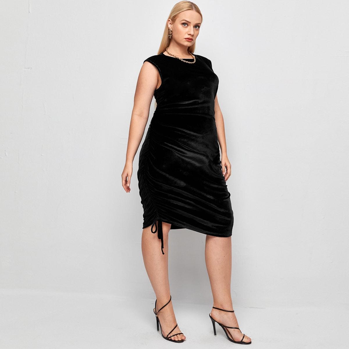 Бархатное облегающее платье размера плюс на кулиске без рукавов