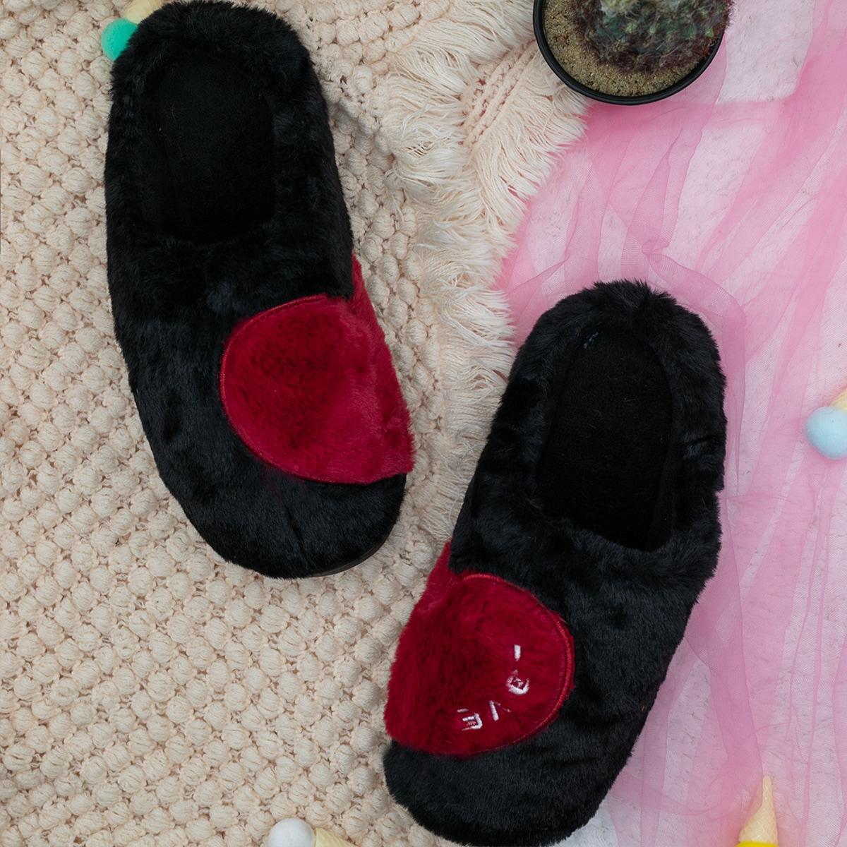 SHEIN Hart Heren slippers Borduurwerk