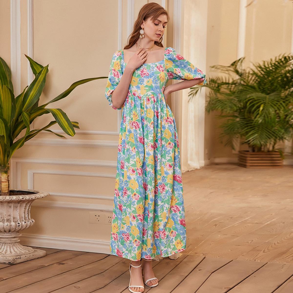 Платье с цветочным принтом по цене 1 080