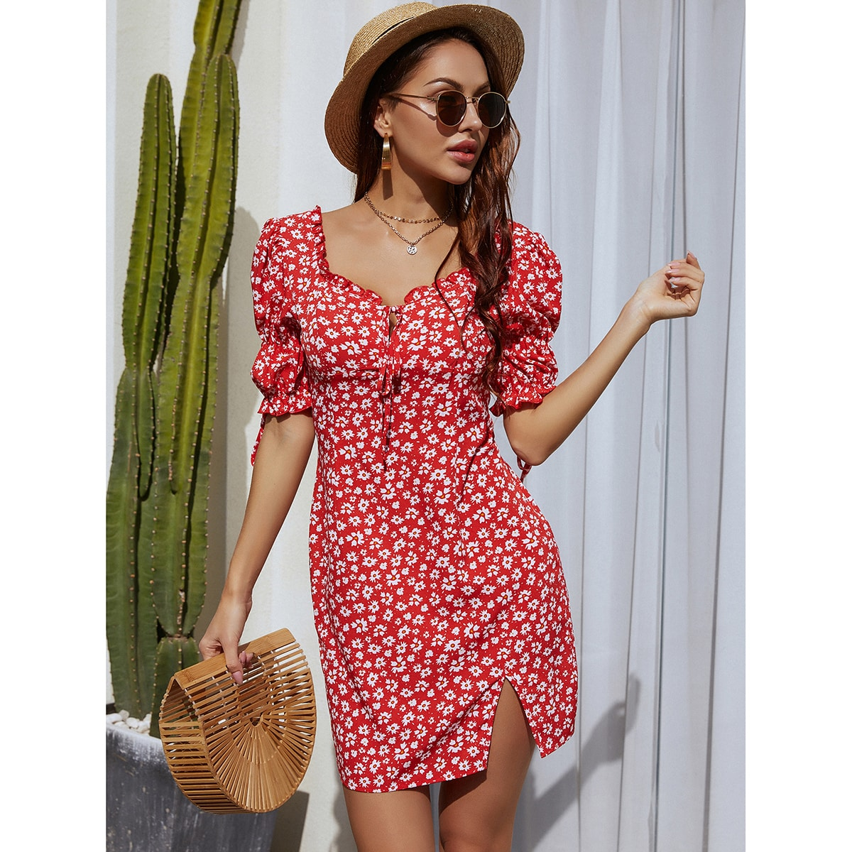 Sweetheart Neck Puff Sleeve Ditsy Floral Dress