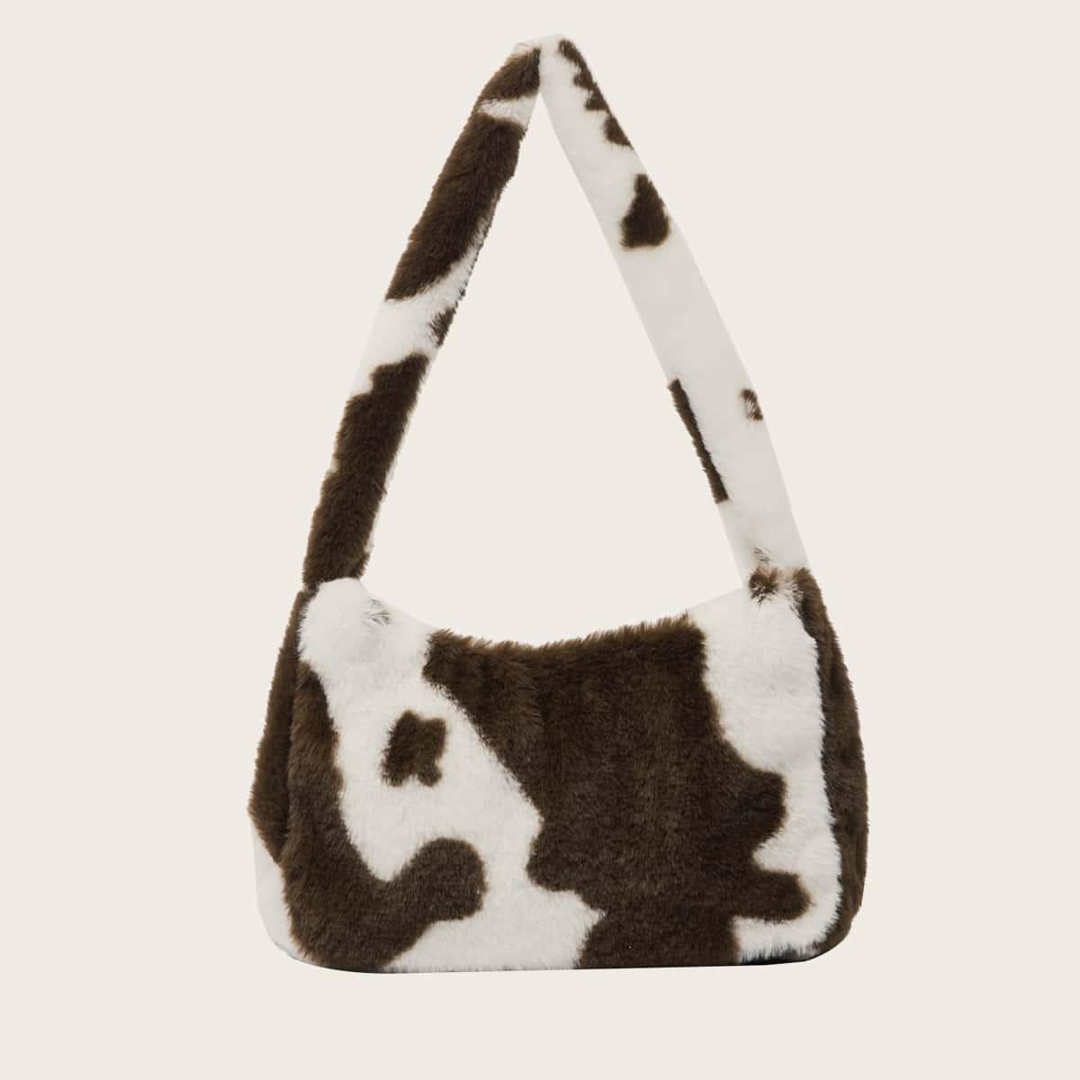 Сумка-багет из искусственного меха с коровьим принтом
