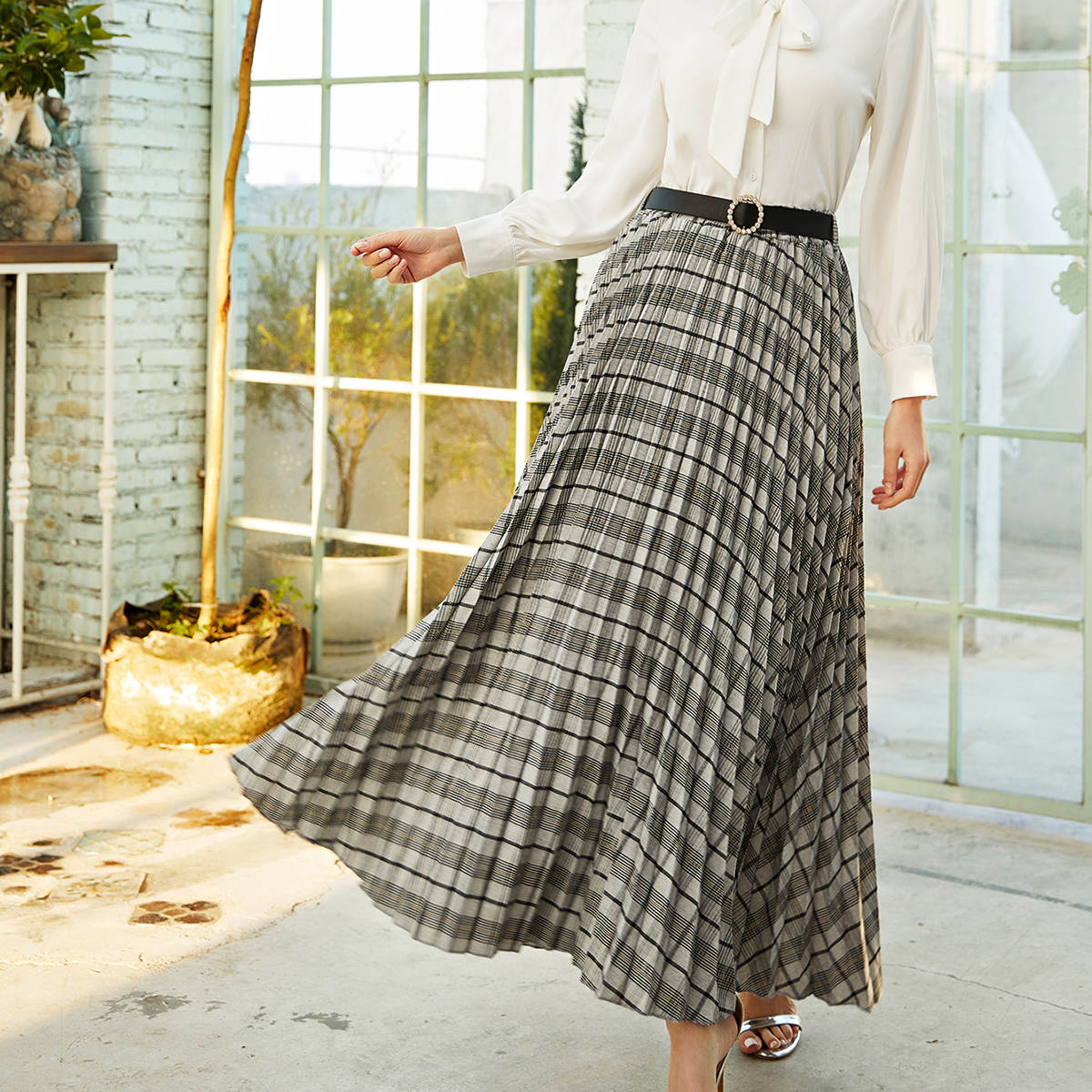 Плиссированная юбка макси в клетку с поясом