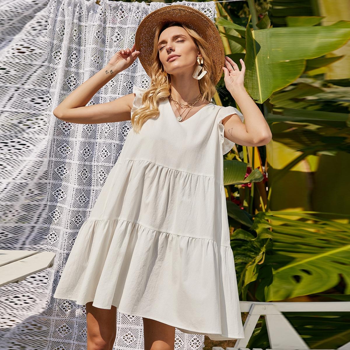 Оригинальное платье с застежкой сзади