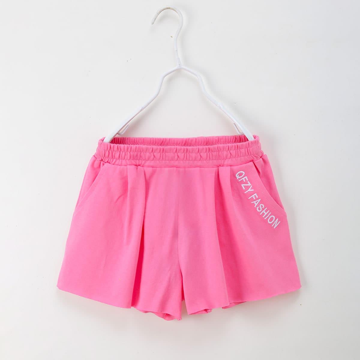 Шорты с карманом и текстовой вышивкой для девочек