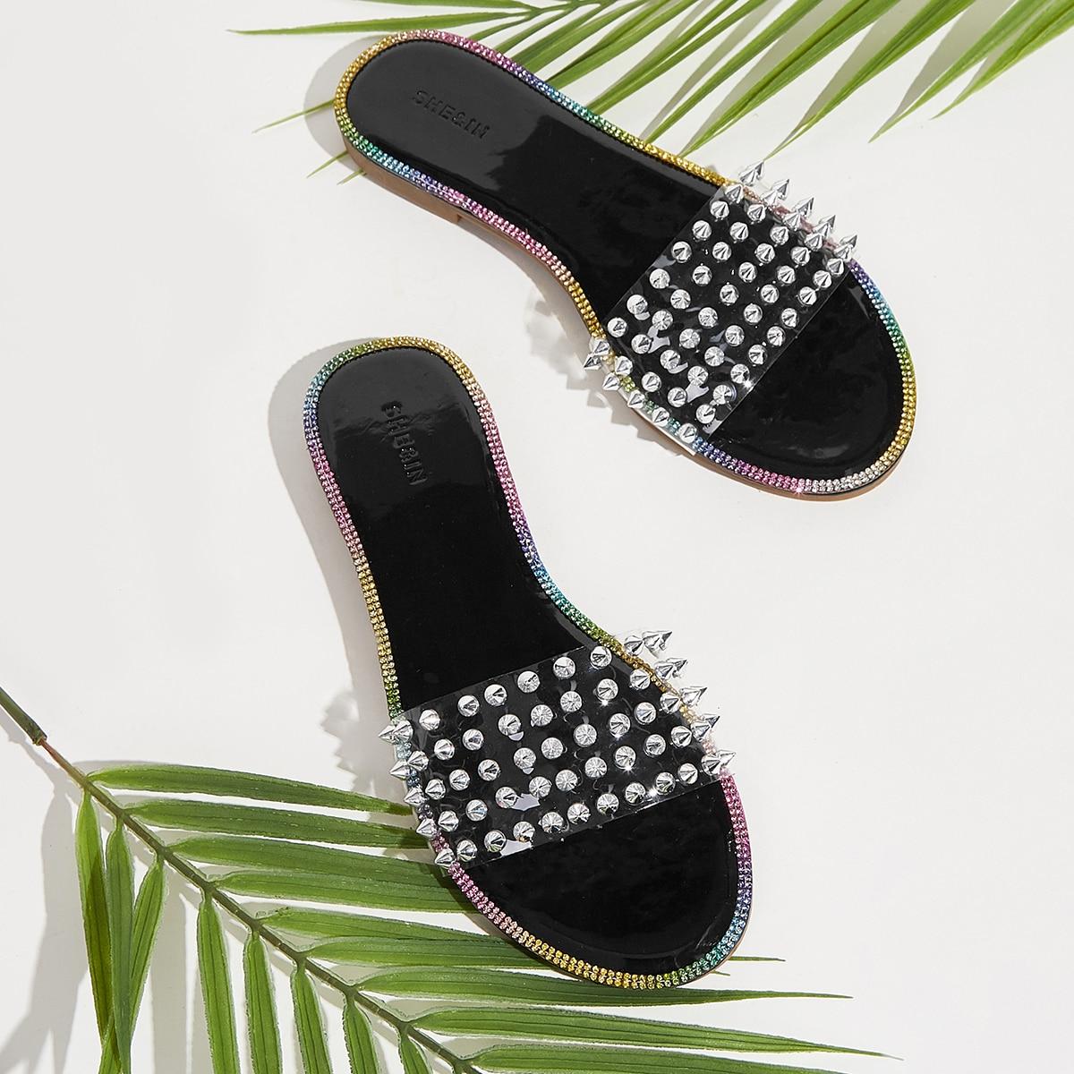 Прозрачные сандалии с заклепками