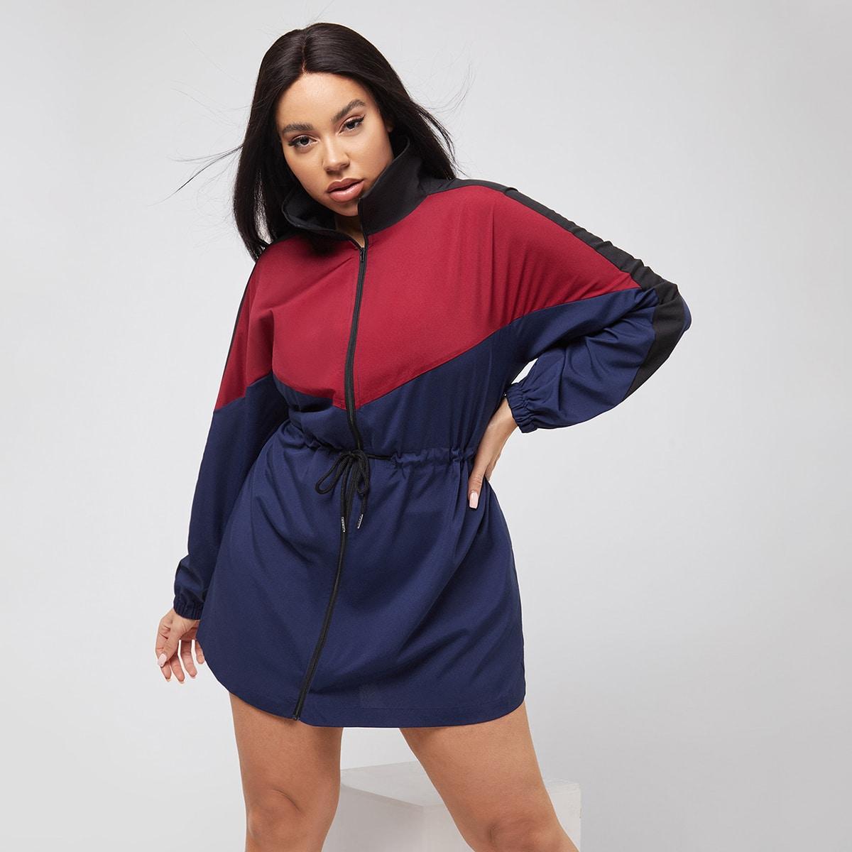 Контрастная спортивная куртка размера плюс