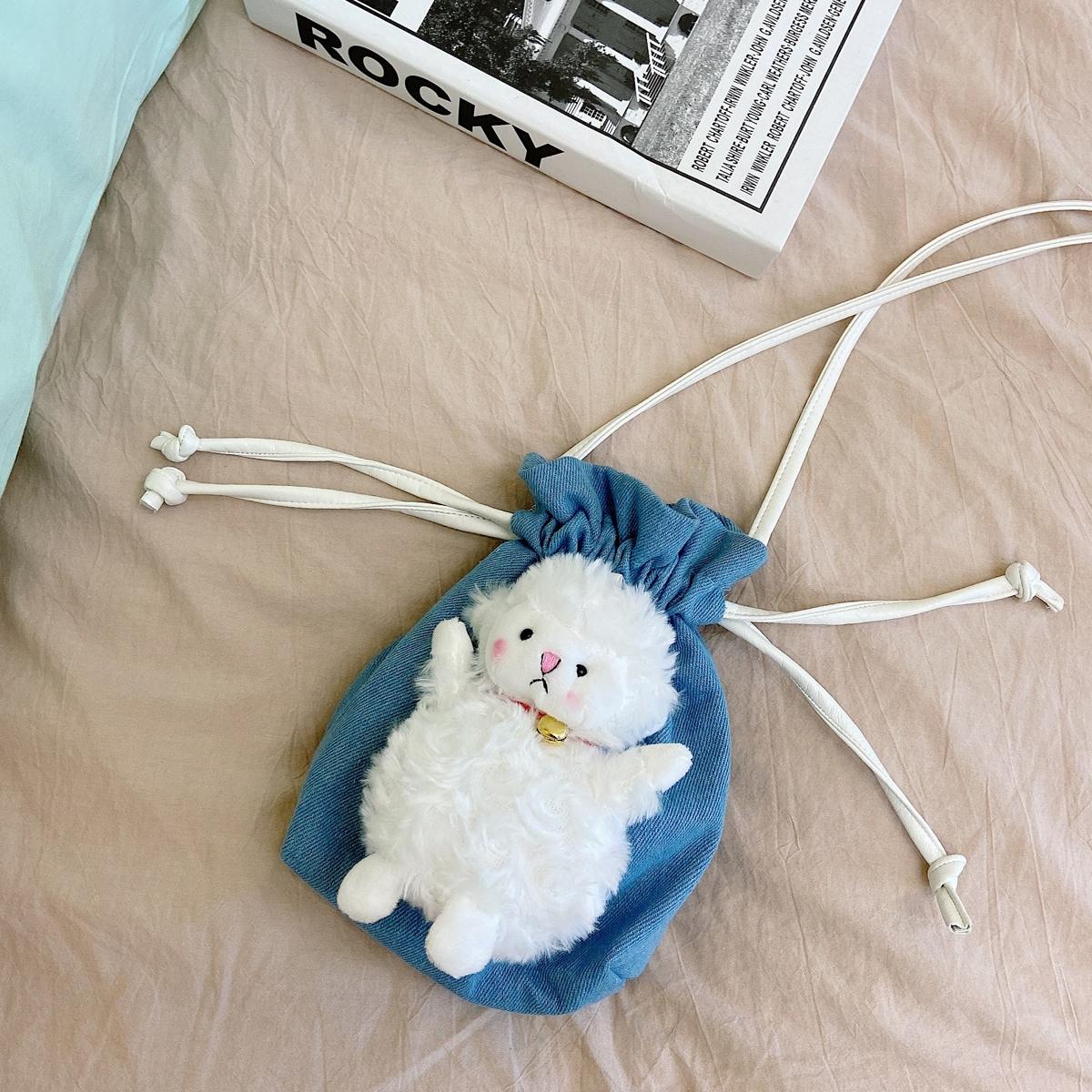 Джинсовая сумка на кулиске с мультипликационным декором