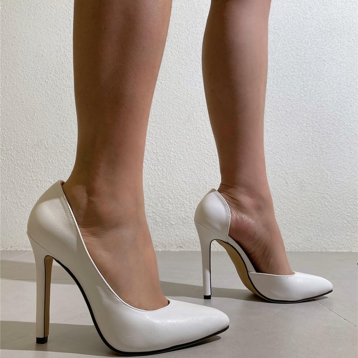 Минималистские туфли-лодочки на шпильках
