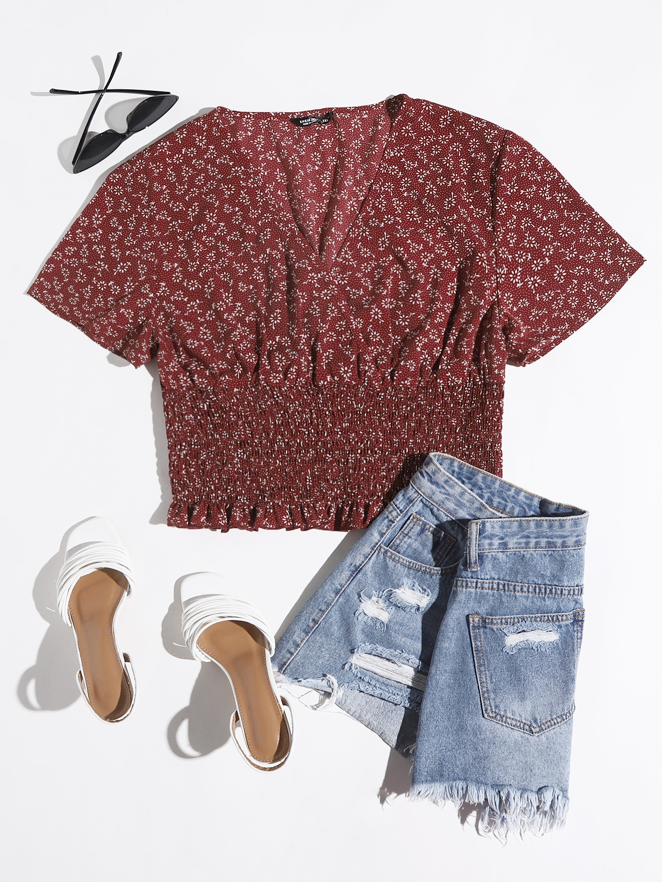 Plus Ditsy Floral Shirred Crop Blouse