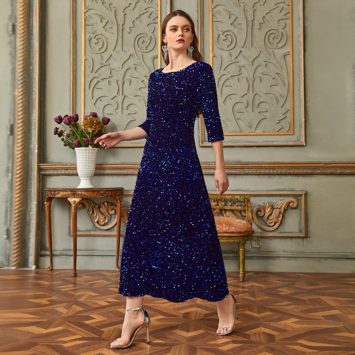 Платье с пайетками SheIn swdress01210107593