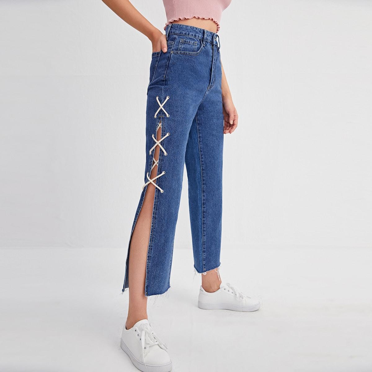 Прямые джинсы с разрезом и шнурком
