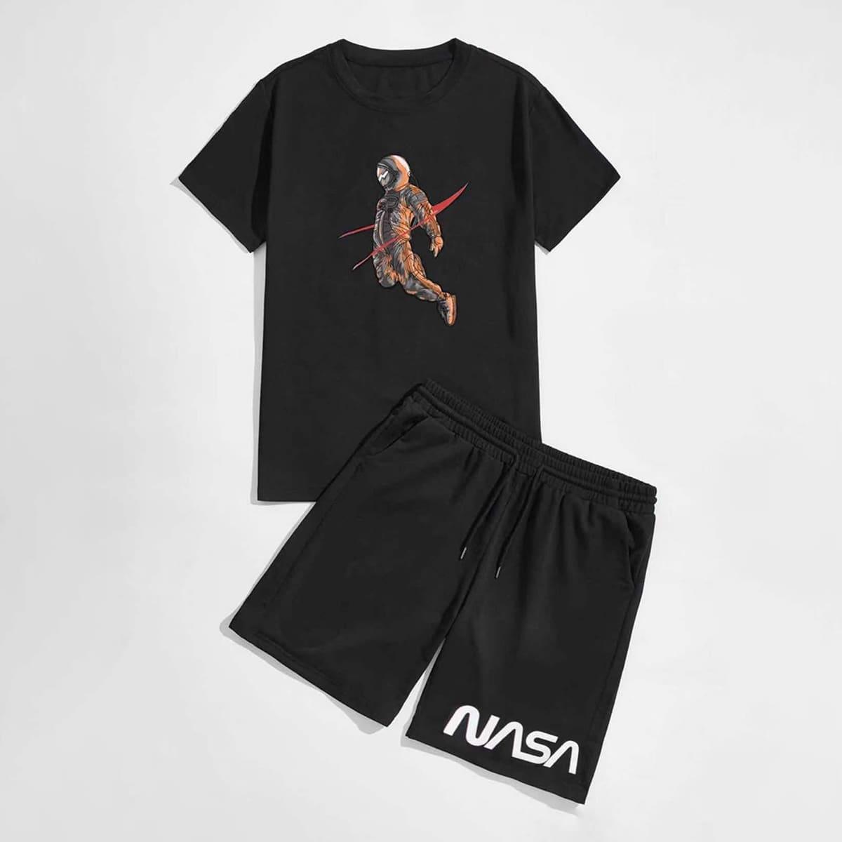Мужская футболка с принтом астронавта и шорты с текстовым принтом по цене 1 630
