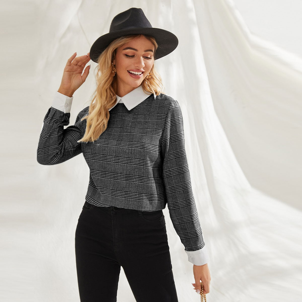 Houndstooth Contrast Collar Keyhole Back Blouse