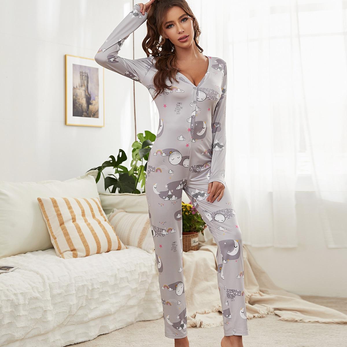 Комбинезон-пижама с принтом и глубоким воротником