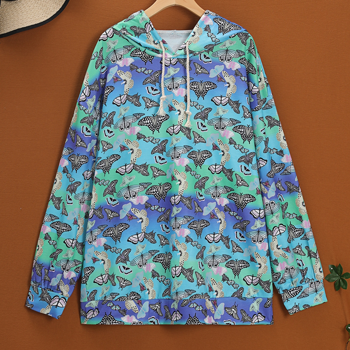 Plus All Over Butterfly Print Drop Shoulder Hoodie