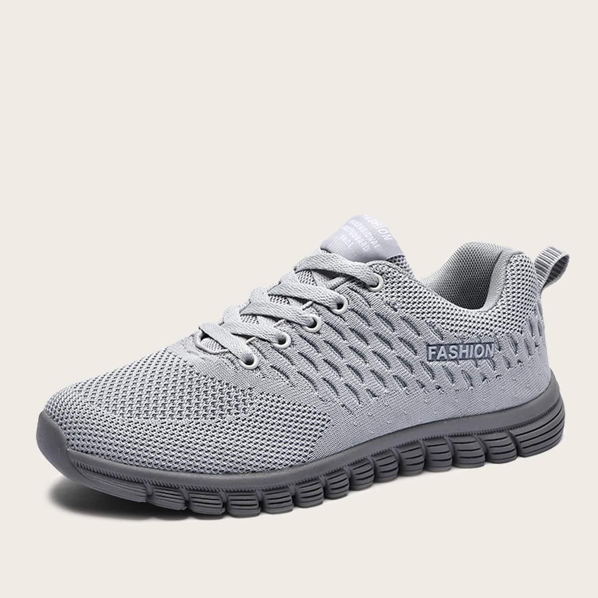 Zapatillas deportivas de hombres con cordón