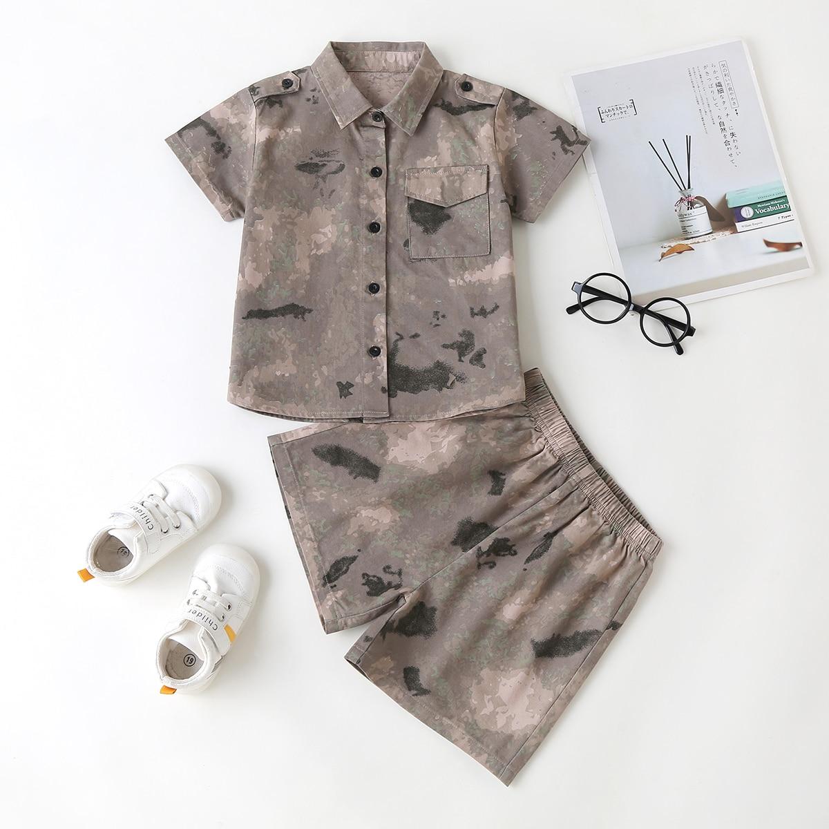 Контрастная рубашка с карманом и шорты для мальчиков