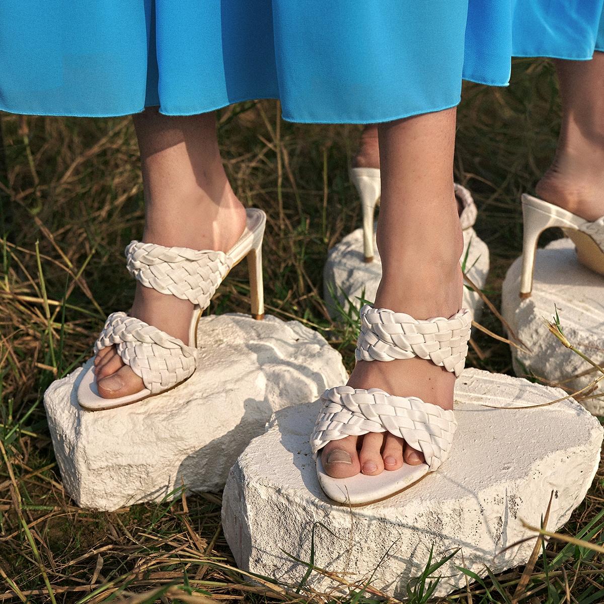 Плетеные мюли на каблуках