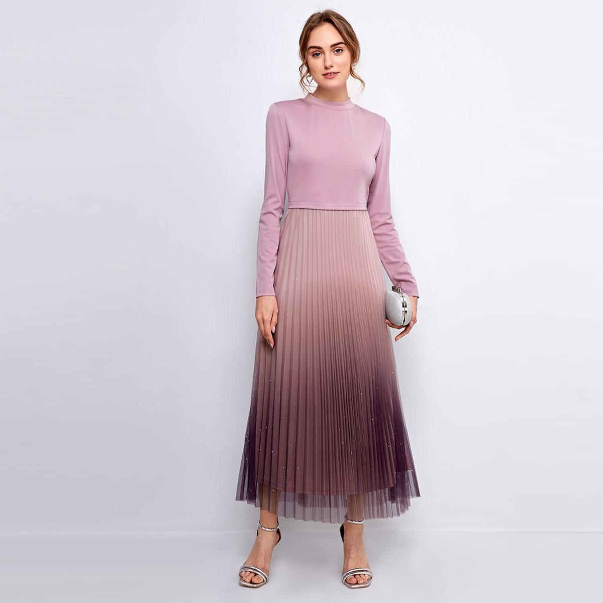 Контрастное сетчатое плиссированное платье с принтом омбре