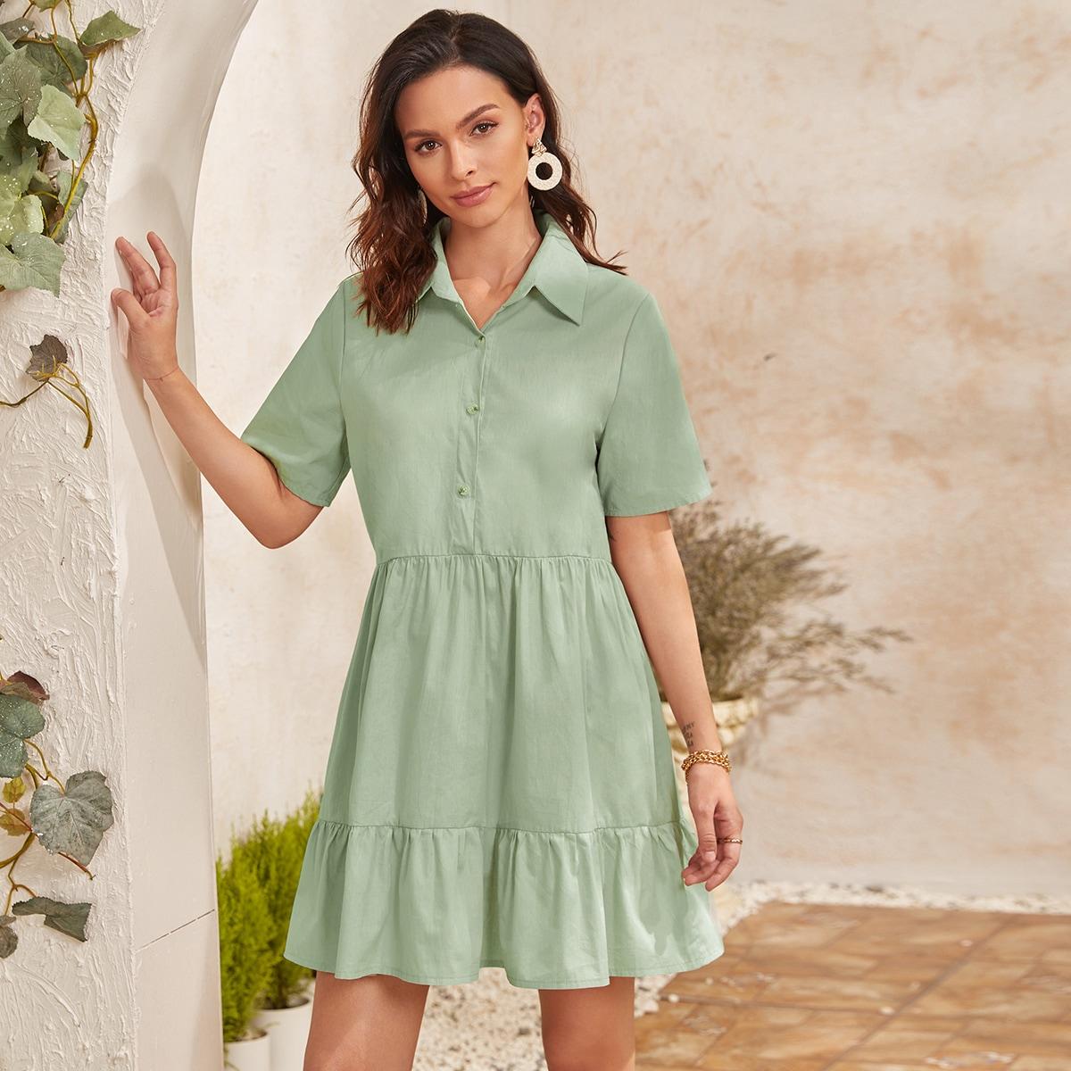 Платье на пуговицах с оборками
