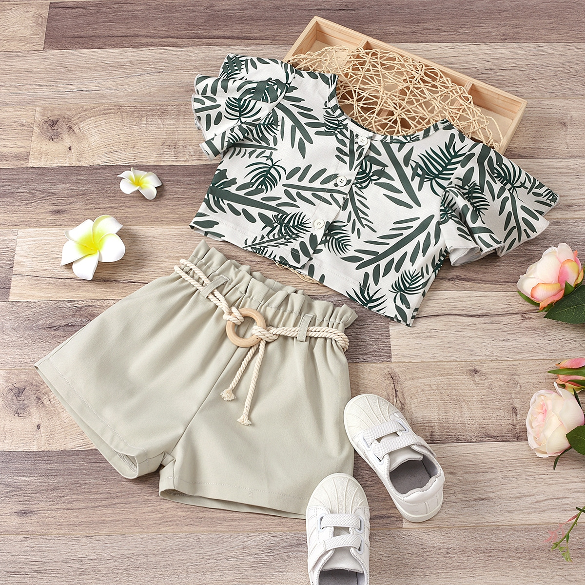 Toddler Girls Plants Print Top With Belted Shorts