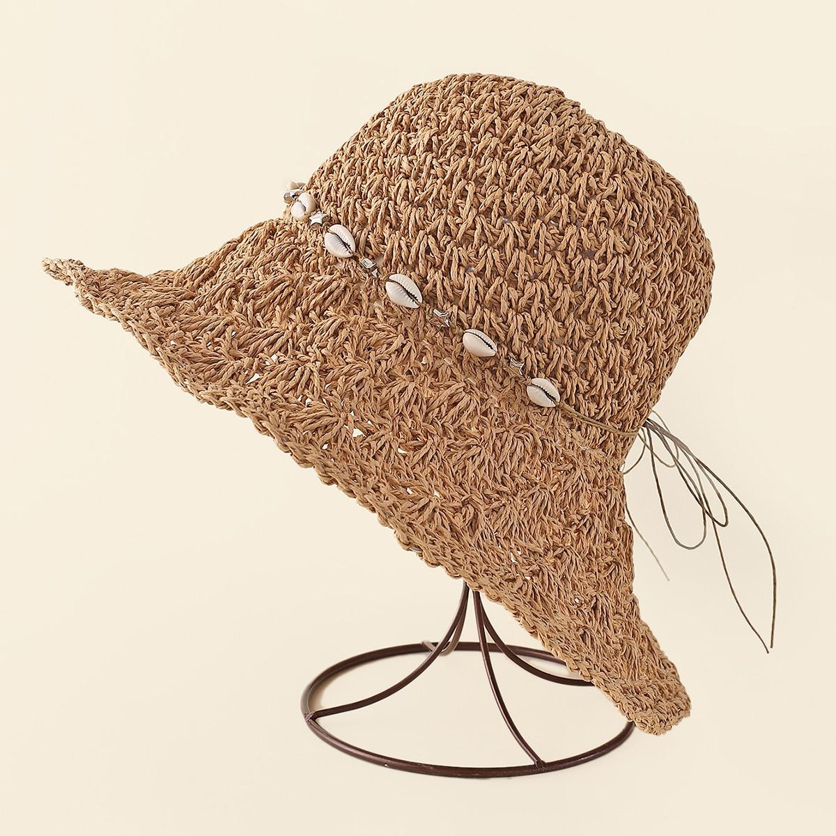Соломенная шляпа с ракушкой