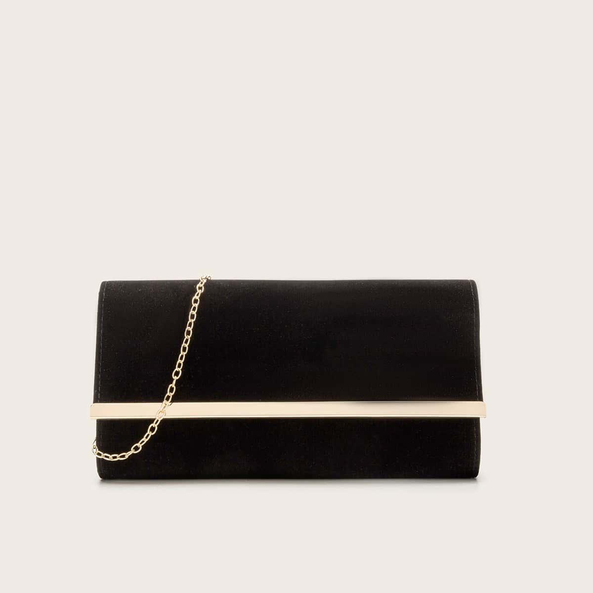 Бархатная сумка-клатч с металлическим краем