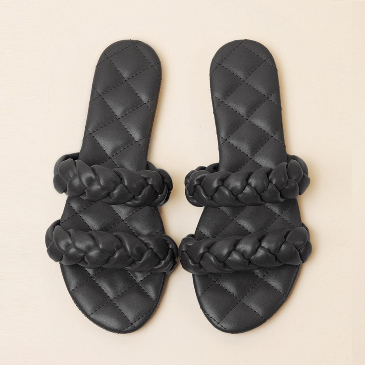 Плетеные стеганые сандалии