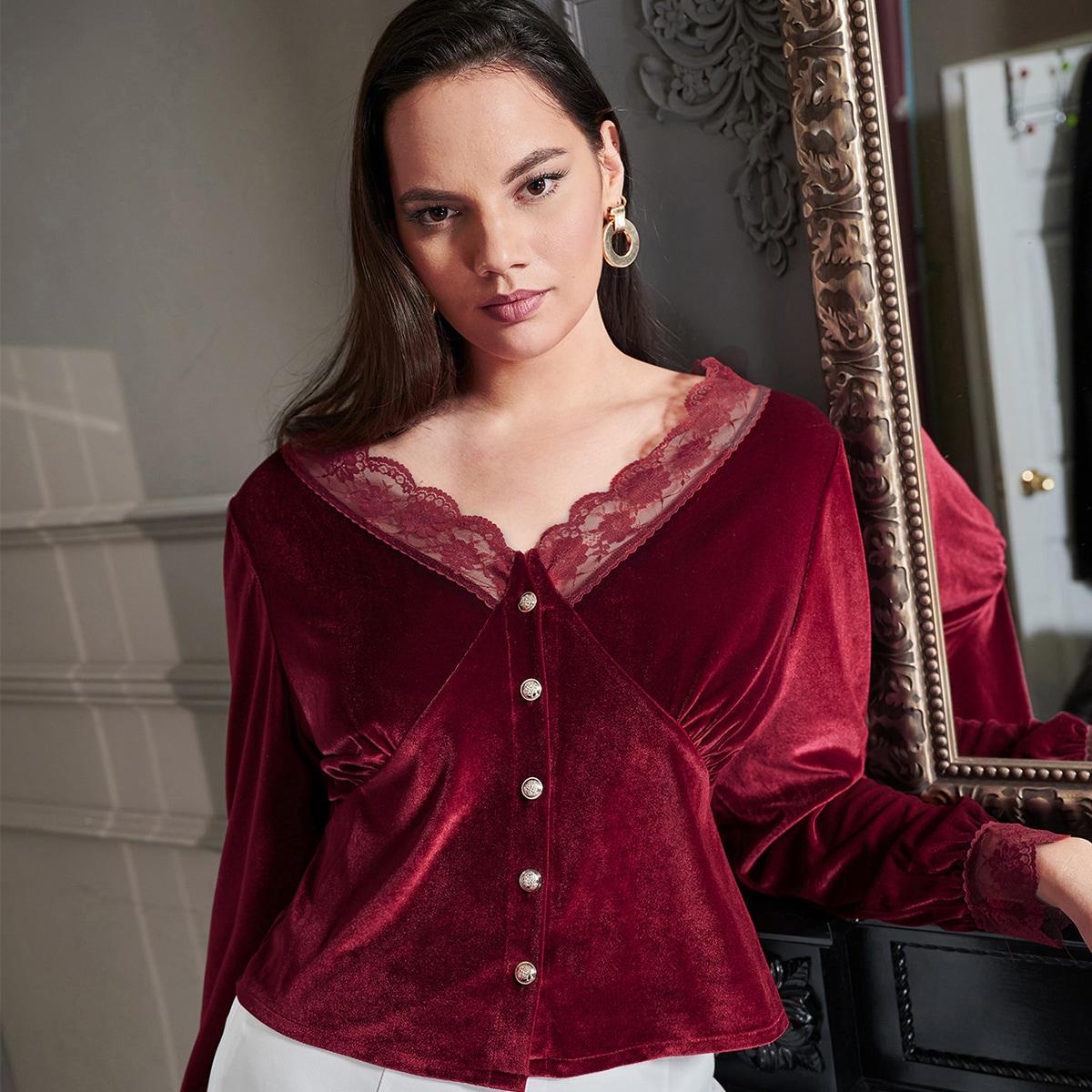 Бархатная блузка размера плюс с кружевной вставкой
