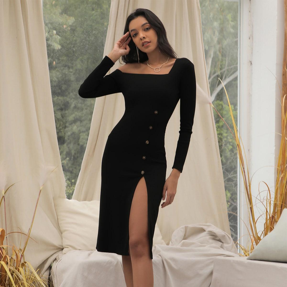 Асимметричное платье с пуговицами и разрезом