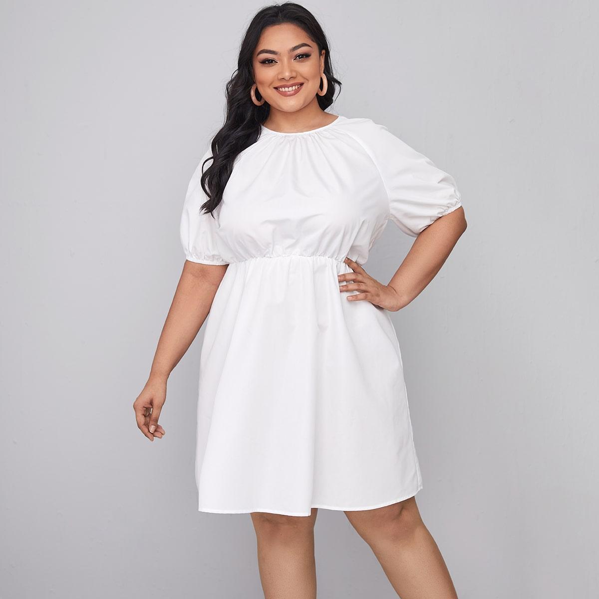 Однотонное платье размера плюс с пышными рукавами