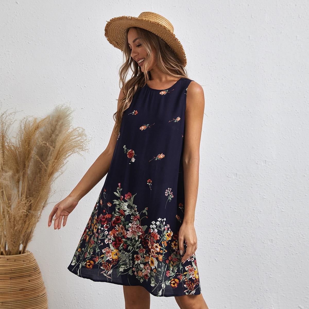 Платье с цветочным принтом без рукавов