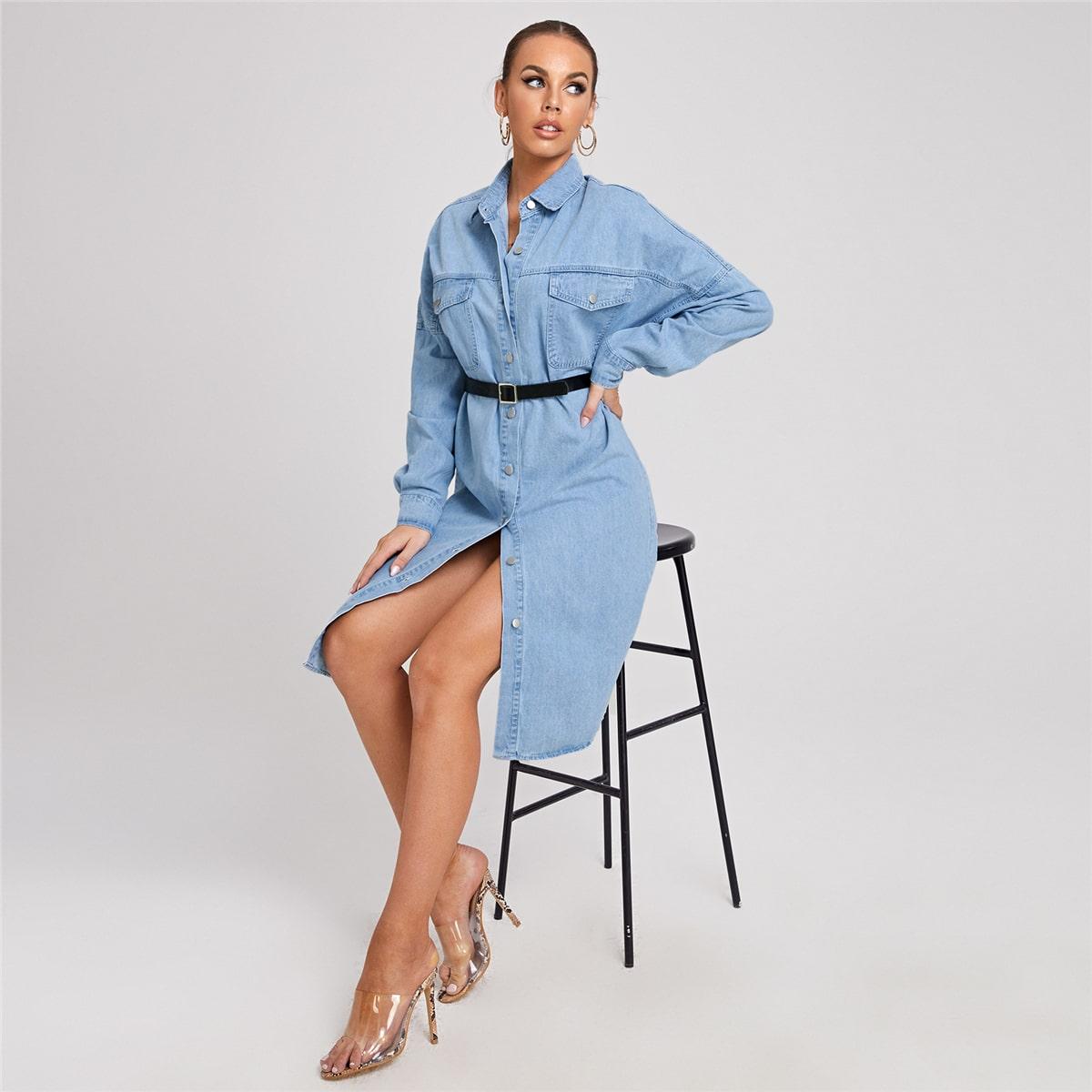 Джинсовое платье с пуговицами и карманом без пояса
