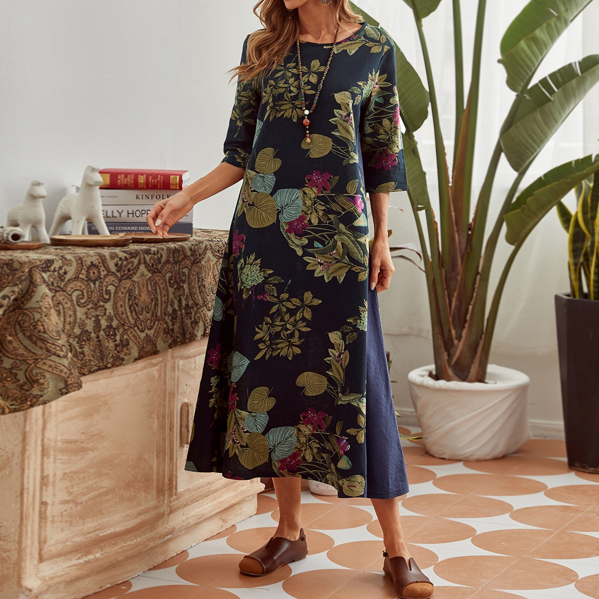 Платье с принтом растений