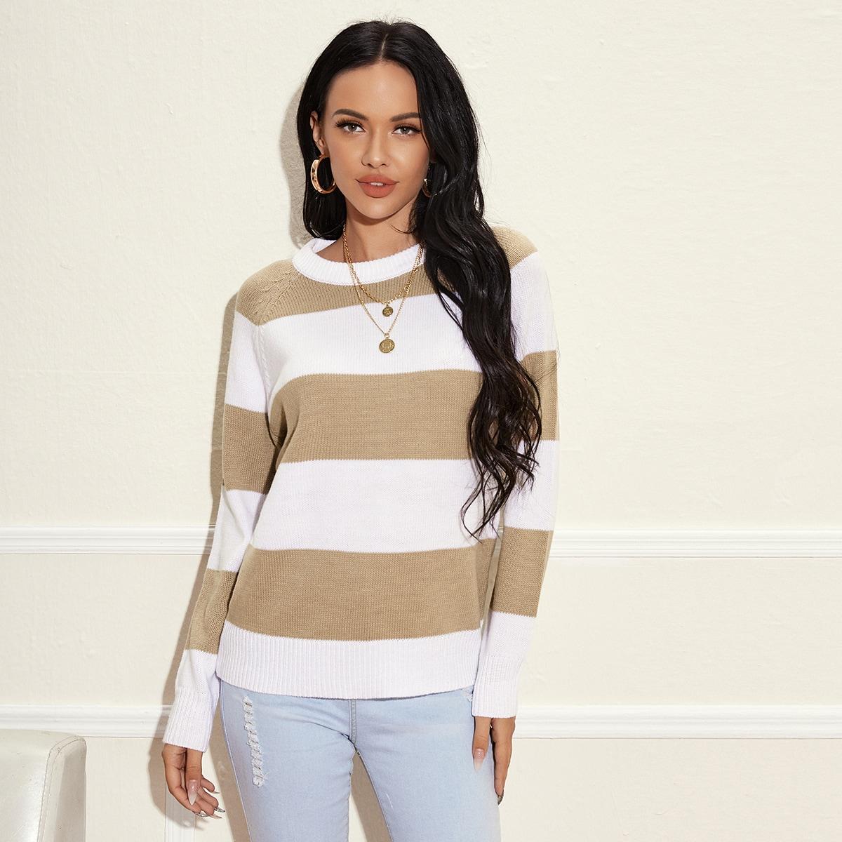 Двухцветный свитер с рукавом реглан