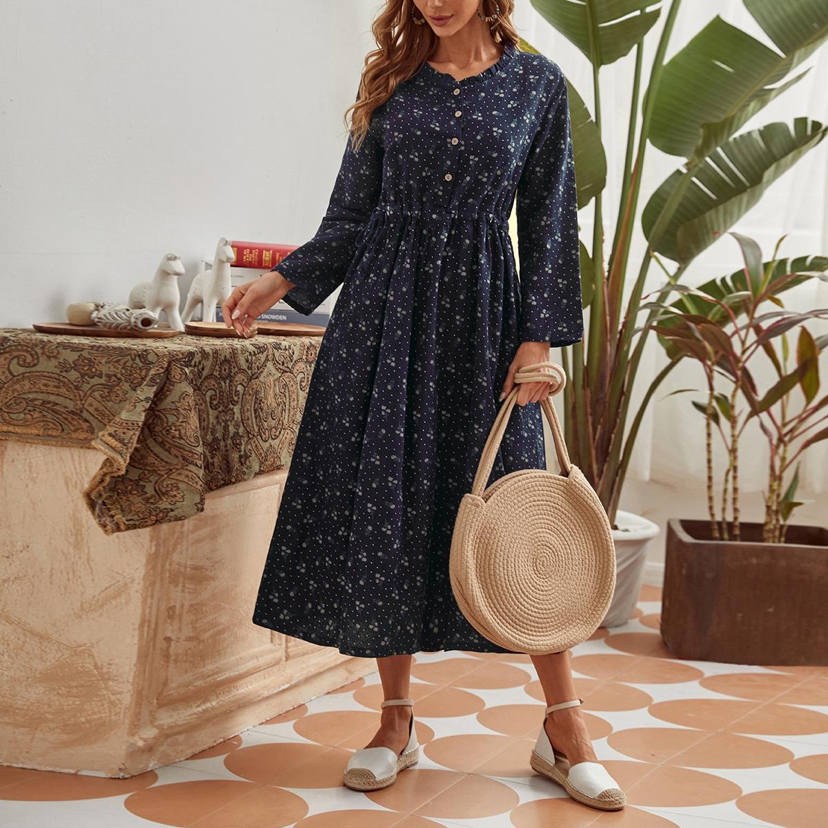 Платье в горошек с пуговицами и цветочным принтом