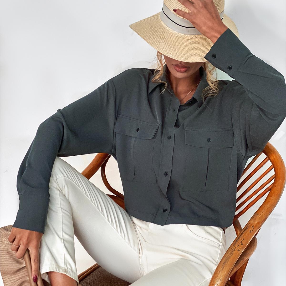 Кроп блузка на пуговицах с карманом