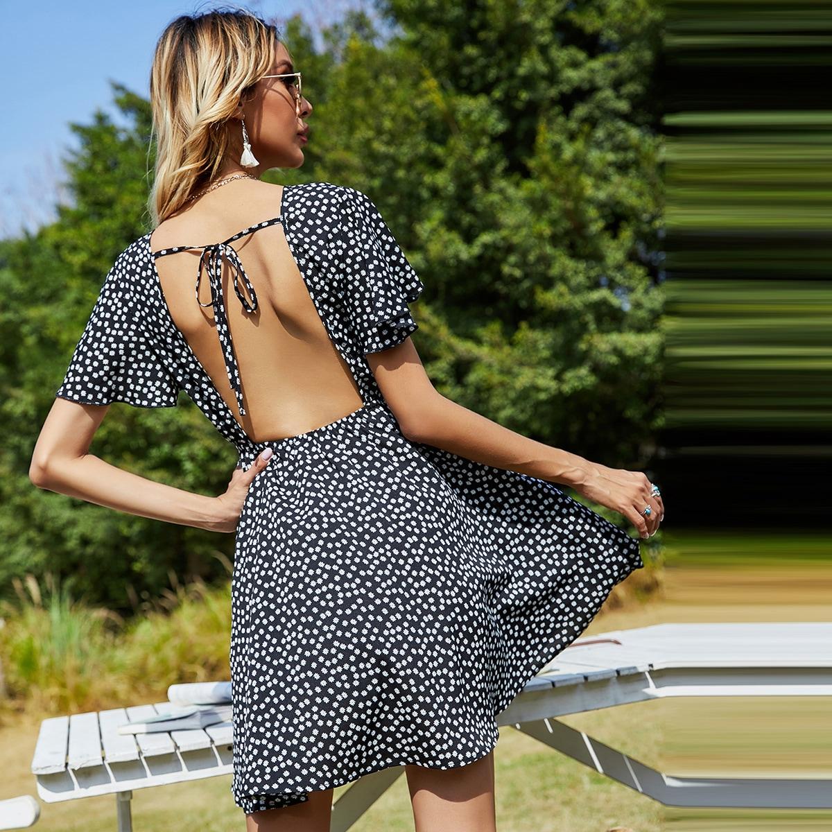 Платье с цветочным принтом, открытой спиной и v-образным воротником