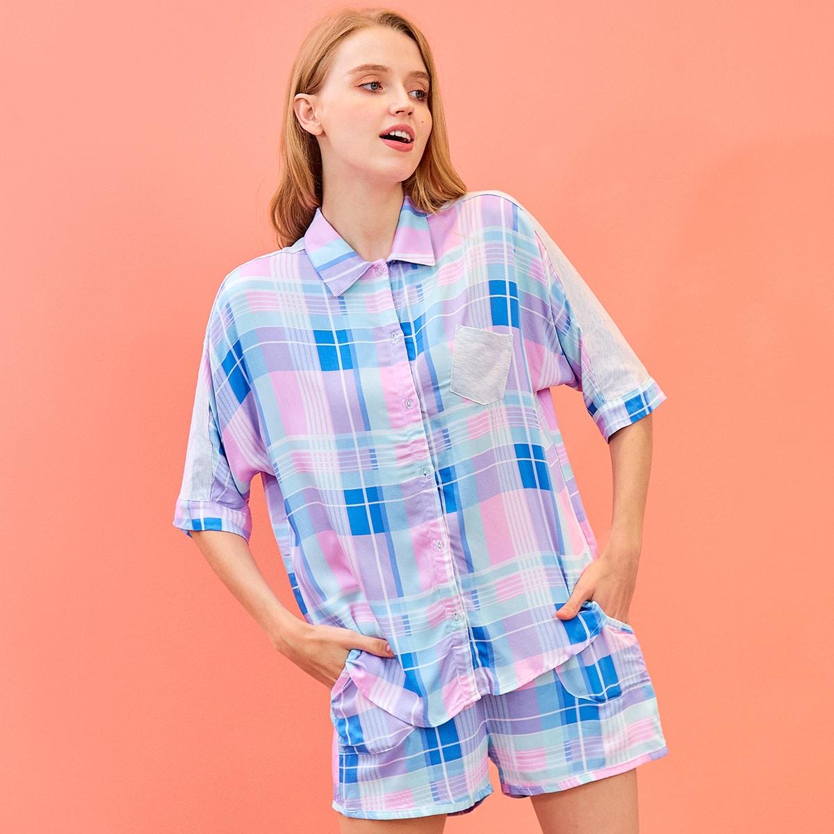 Пижама в клетку с пуговицами и карманом