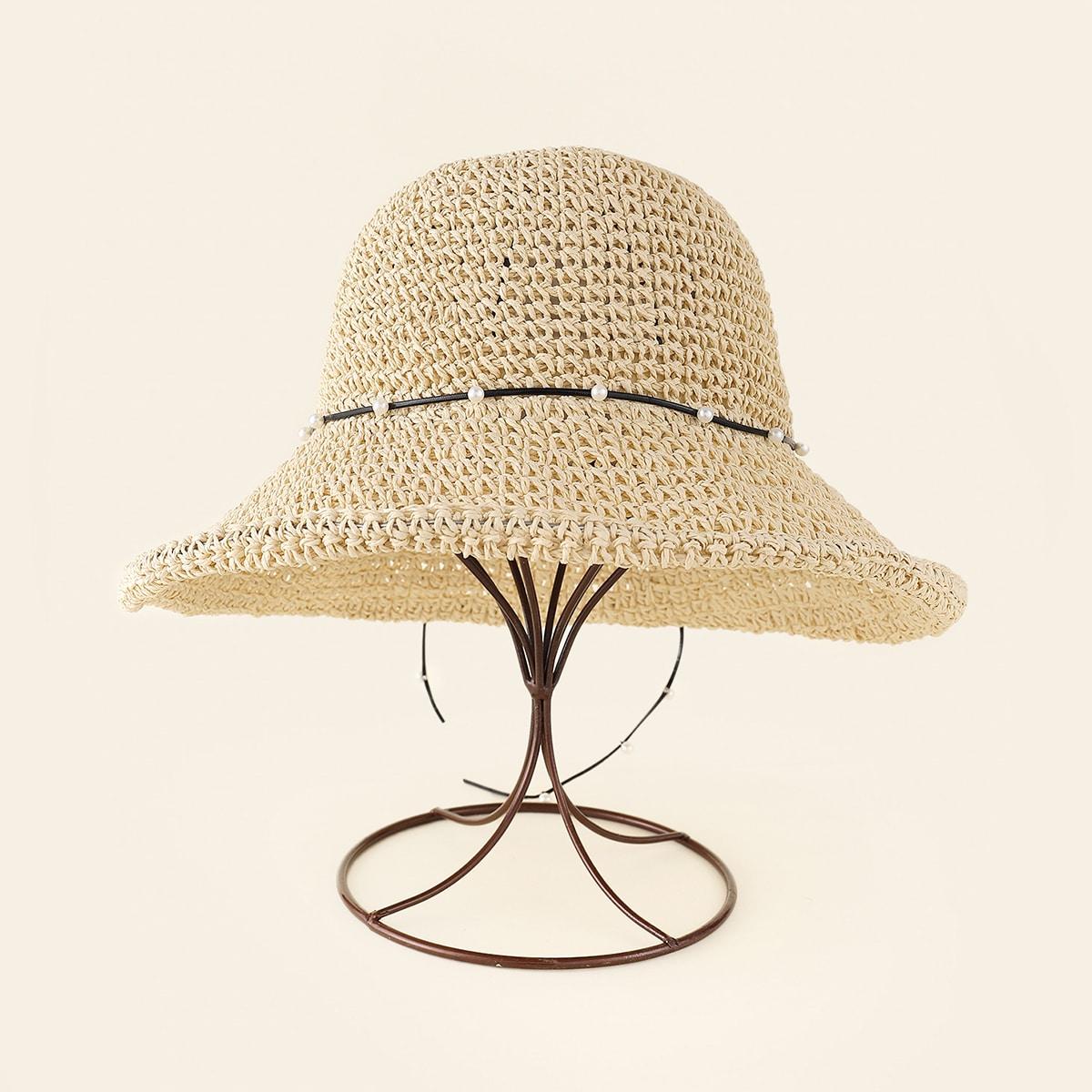 Соломенная шляпа с искусственными жемчугами