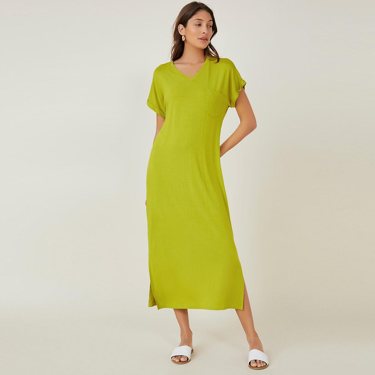 Платье с разрезом и карманом