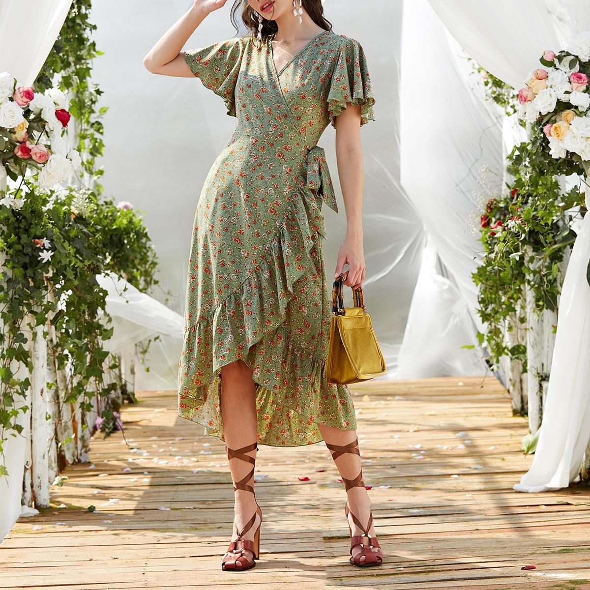 Платье с оборкой и цветочным принтом