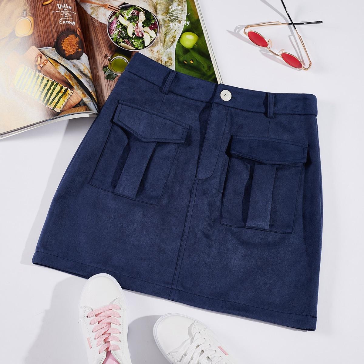 Однотонная юбка с карманом по цене 760