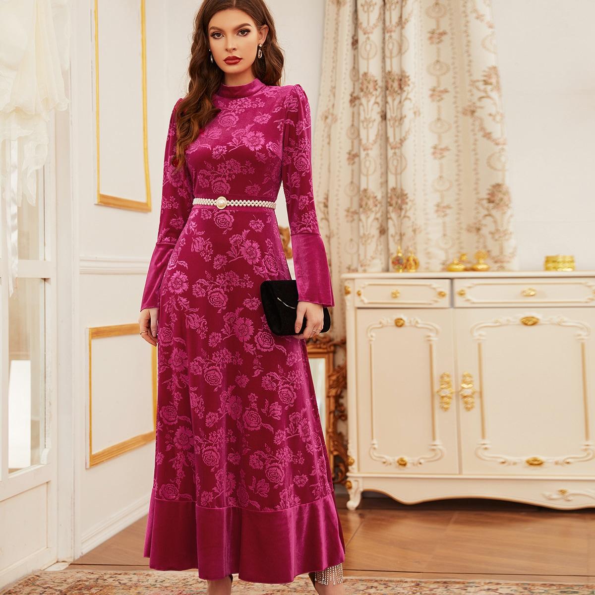 Бархатное платье с цветочным принтом без пояса