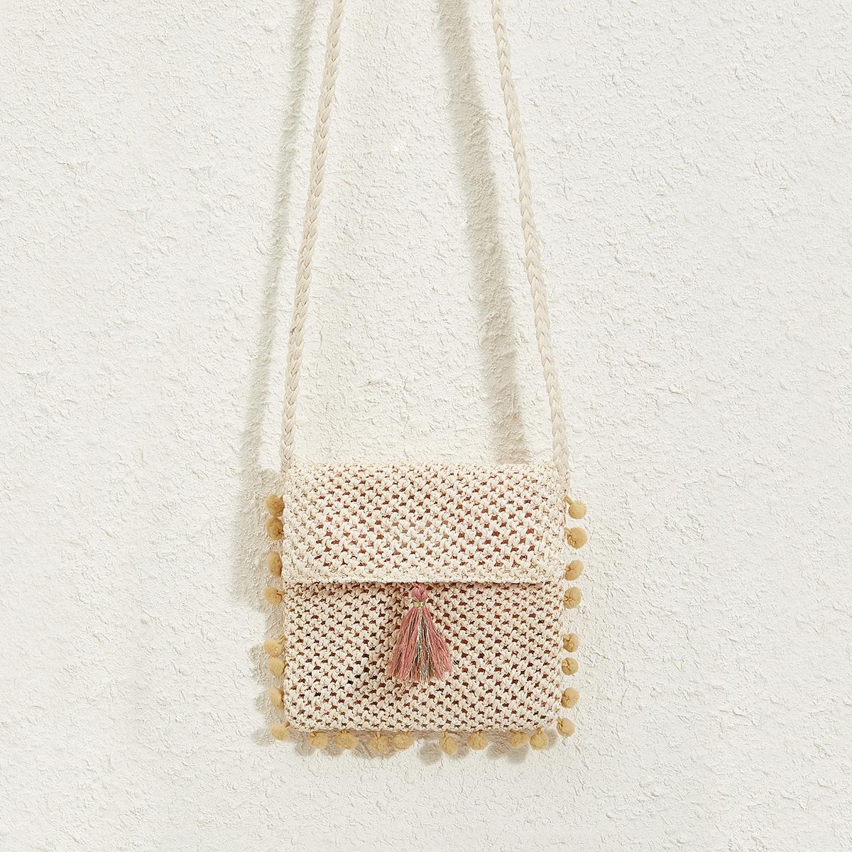 Соломенная сумка с бахромой
