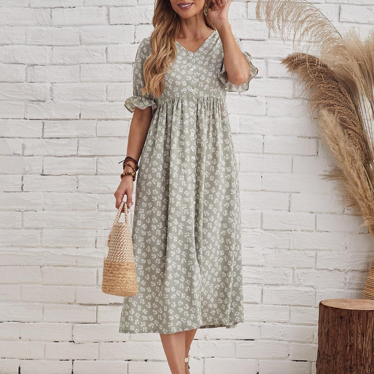 Платье с цветочным принтом и пуговицами по цене 1 070