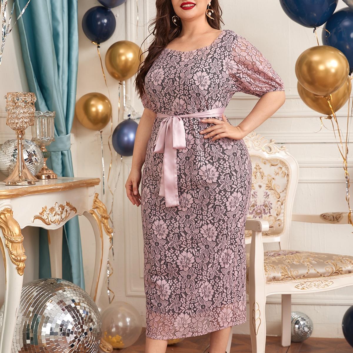 Кружевное платье размера плюс с пышными рукавами и разрезом сзади