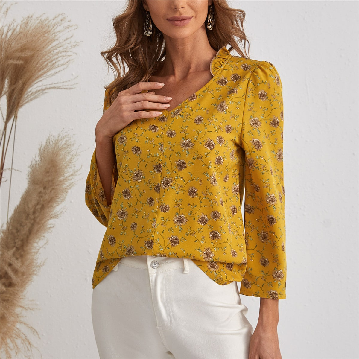 Floral Notched Neck Puff Sleeve Blouse
